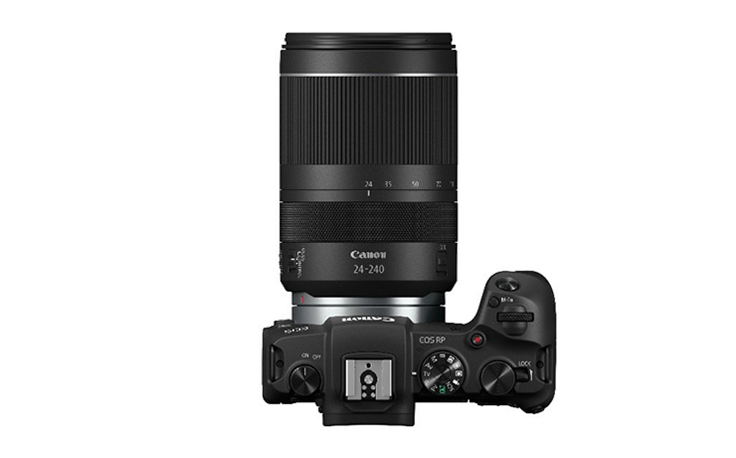 canon eos r.png