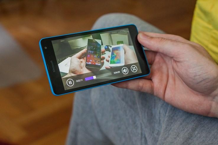 Microsoft _ Lumia 535 recenzija (11).jpg