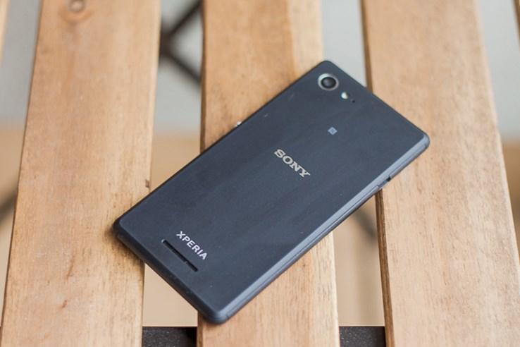 Sony Xperia E3 (1).jpg