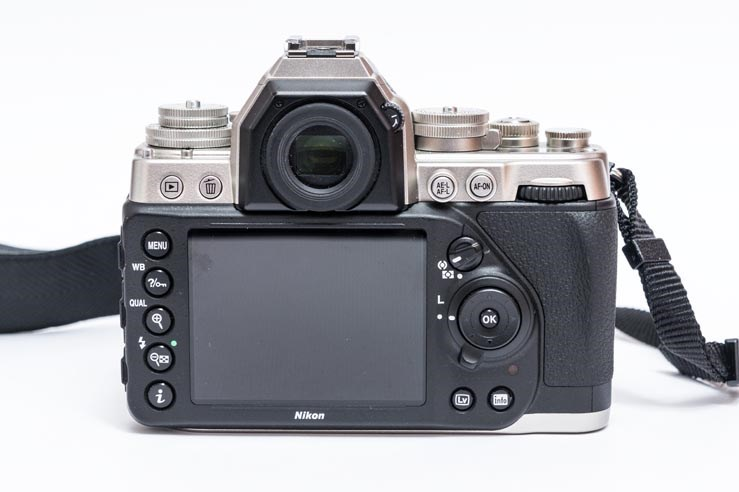 nikon_df_review_04.jpg